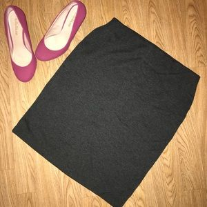 NWOT Dark Gray Old Navy Pencil Skirt